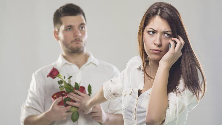 Como esnobar um homem na medida certa